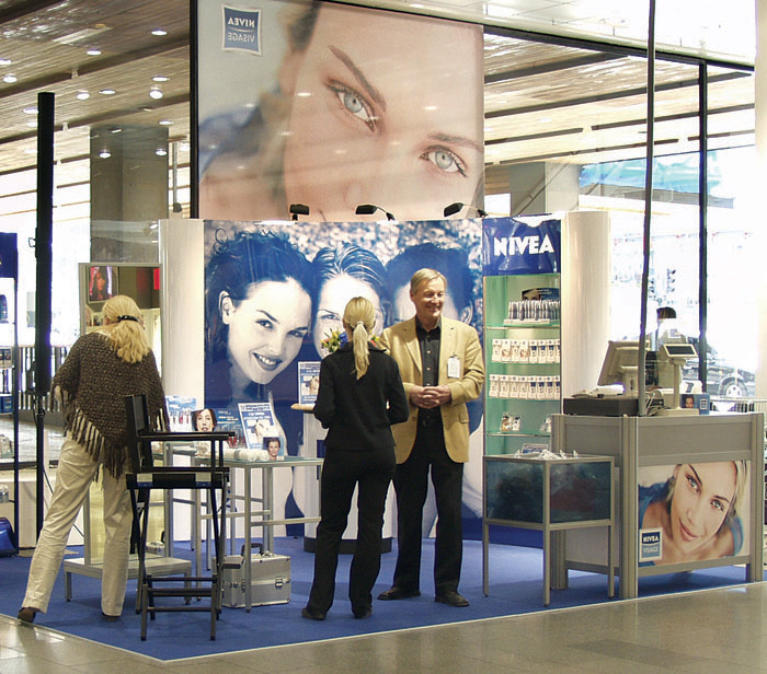Nivea shop-in-shop